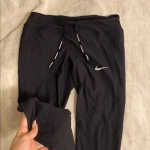 Nike pattern black leggings